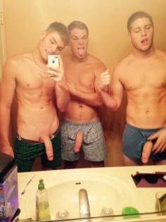 Ugly naked selfie